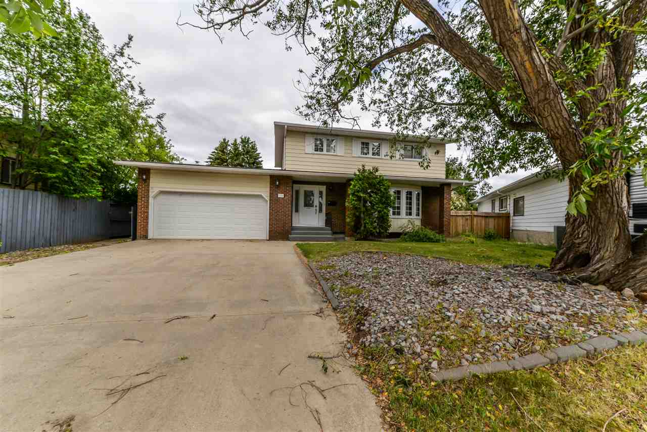 Main Photo: 9244 186 Street in Edmonton: Zone 20 House for sale : MLS®# E4114951