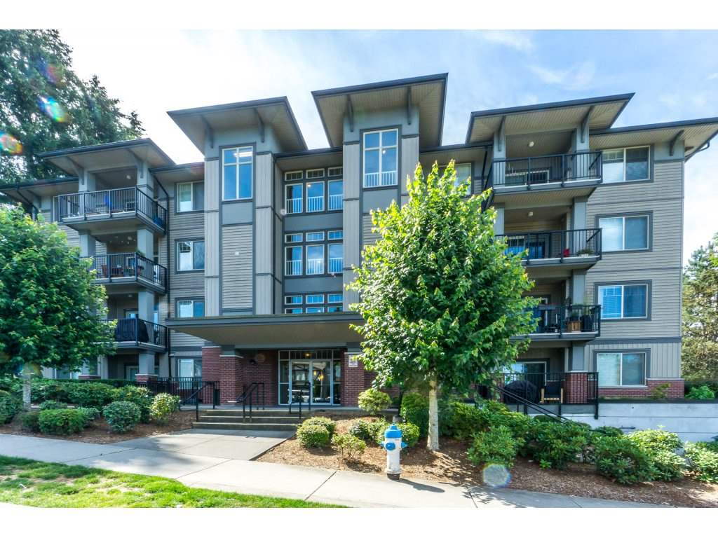 "Main Photo: 306 33898 PINE Street in Abbotsford: Central Abbotsford Condo for sale in ""Gallantree"" : MLS®# R2286866"