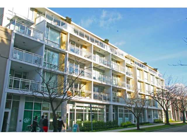 "Main Photo: 209 1635 W 3RD Avenue in Vancouver: False Creek Condo for sale in ""LUMEN"" (Vancouver West)  : MLS® # V924927"