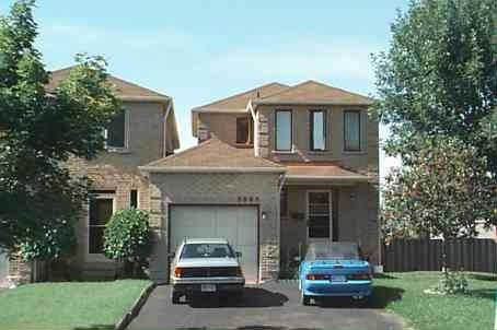 Main Photo: 5005 Salishan Circle in Mississauga: Hurontario House (2-Storey) for lease : MLS(r) # W3026879