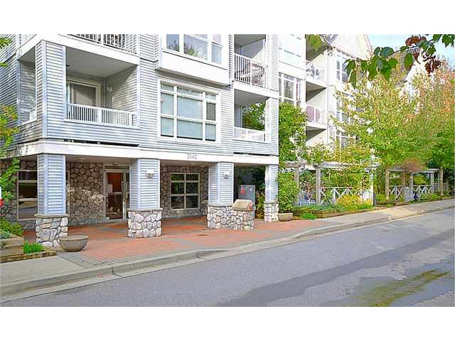 "Main Photo: 103 3142 ST JOHNS Street in Port Moody: Port Moody Centre Condo for sale in ""SONRISA"" : MLS® # V1090837"