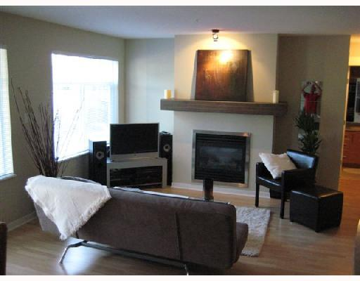 Main Photo: # 201 1704 56TH ST in : Beach Grove Condo for sale : MLS®# V752587