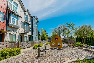 "Main Photo: 501 7533 GILLEY Avenue in Burnaby: Metrotown Townhouse for sale in ""Casa D'oro"" (Burnaby South)  : MLS(r) # V1120829"