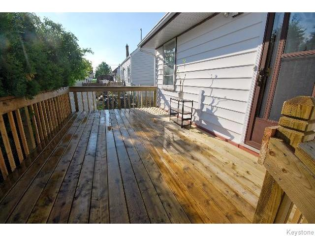 Photo 13: 823 Manhattan Avenue in WINNIPEG: East Kildonan Residential for sale (North East Winnipeg)  : MLS(r) # 1517538