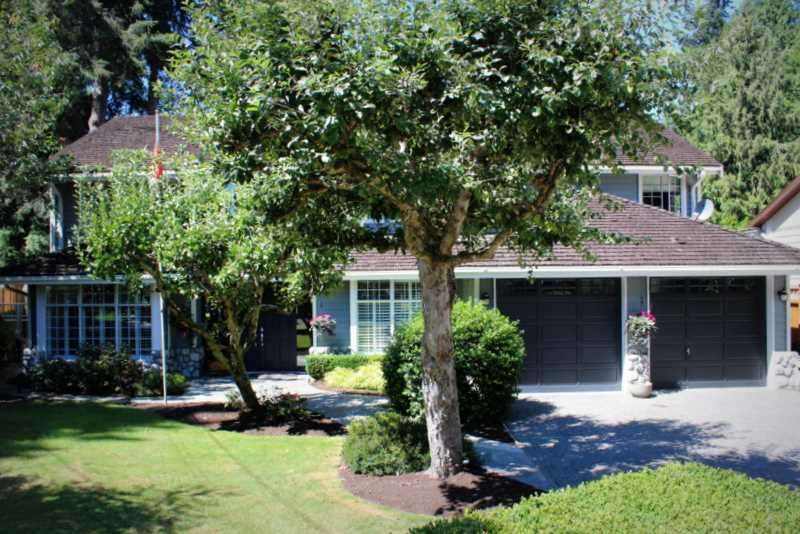"Main Photo: 887 57TH Street in Tsawwassen: Tsawwassen East House for sale in ""EAGLES NEST"" : MLS® # V1136412"