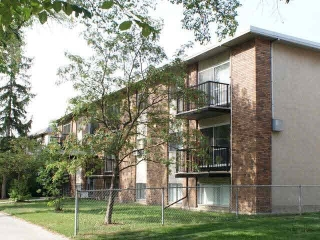 Main Photo: 206 10730 105 Street in Edmonton: Zone 08 Condo for sale : MLS(r) # E4003071