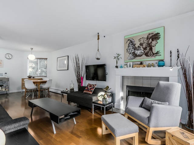 Photo 4: 207 1169 NELSON Street in Vancouver: West End VW Condo for sale (Vancouver West)  : MLS® # R2038790