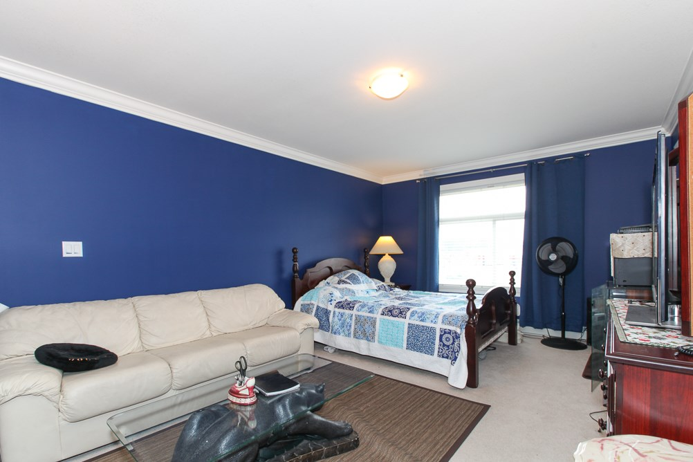 Photo 8: 27989 TRESTLE Avenue in Abbotsford: Aberdeen House for sale : MLS® # R2083139