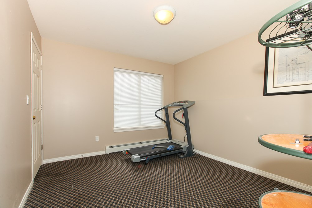 Photo 14: 27989 TRESTLE Avenue in Abbotsford: Aberdeen House for sale : MLS® # R2083139