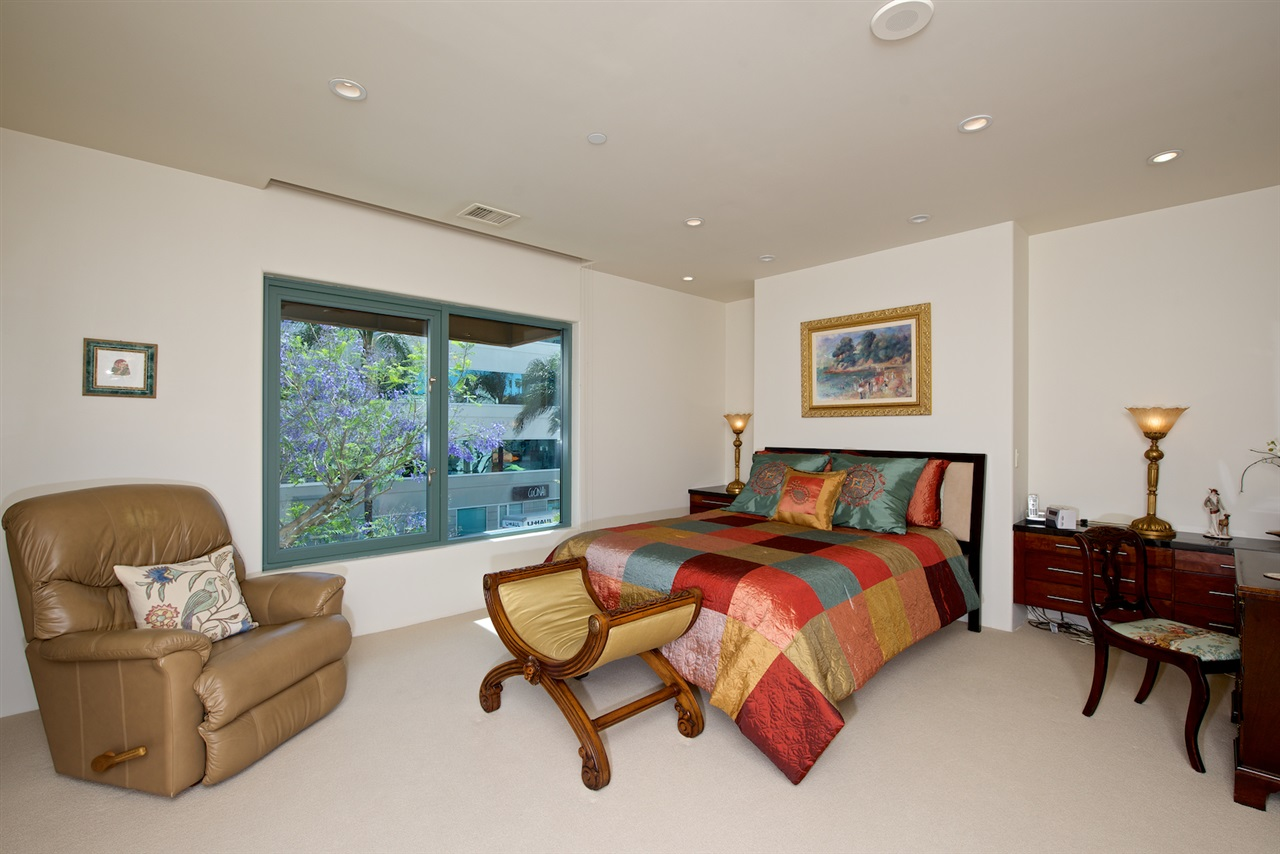 Photo 22: SAN DIEGO Condo for sale : 3 bedrooms : 2500 6th Avenue #101