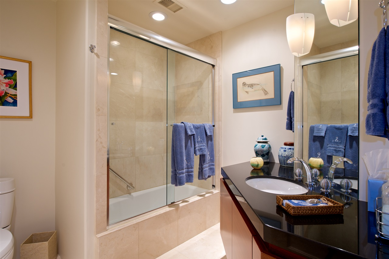 Photo 23: SAN DIEGO Condo for sale : 3 bedrooms : 2500 6th Avenue #101