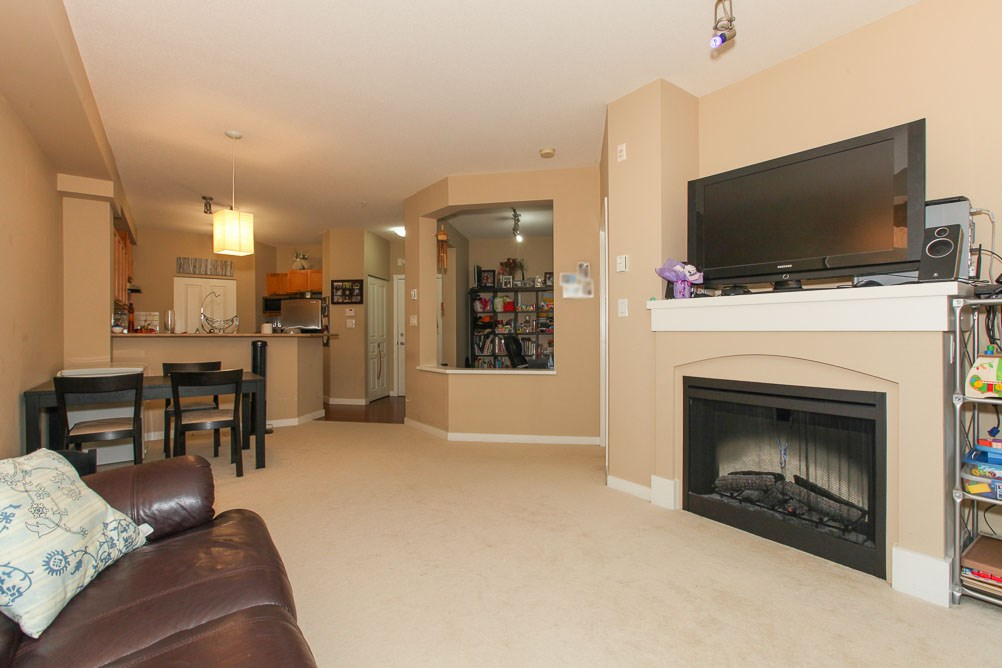 "Photo 4: 111 2969 WHISPER Way in Coquitlam: Westwood Plateau Condo for sale in ""SUMMERLIN AT SILVER SPRING"" : MLS(r) # R2095964"