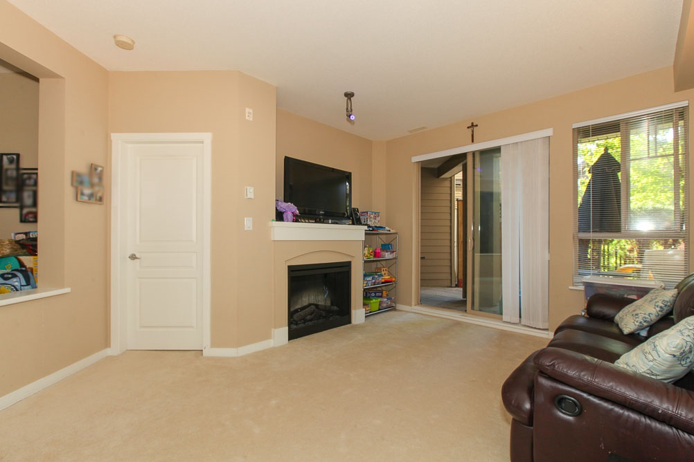 "Photo 2: 111 2969 WHISPER Way in Coquitlam: Westwood Plateau Condo for sale in ""SUMMERLIN AT SILVER SPRING"" : MLS(r) # R2095964"