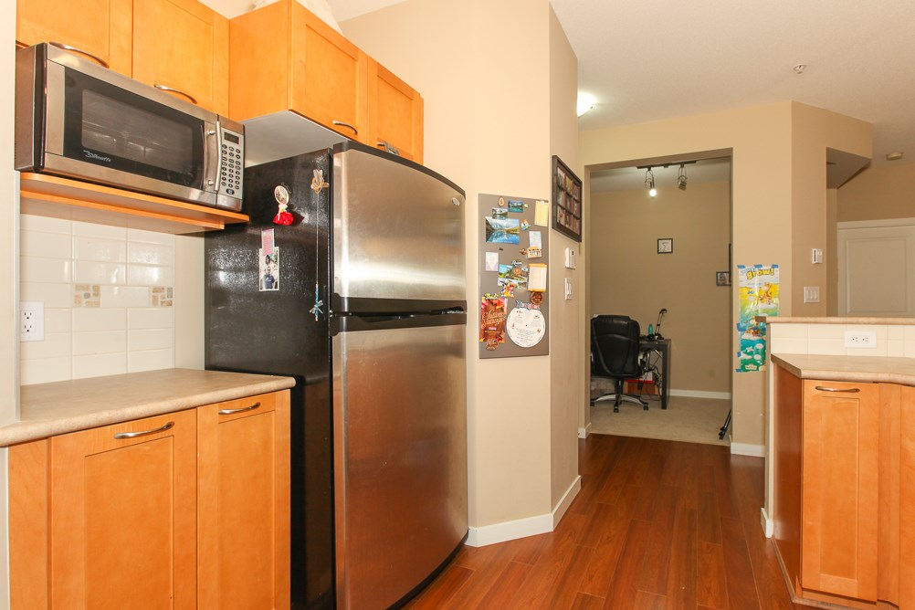 "Photo 8: 111 2969 WHISPER Way in Coquitlam: Westwood Plateau Condo for sale in ""SUMMERLIN AT SILVER SPRING"" : MLS(r) # R2095964"
