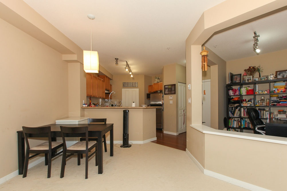 "Photo 5: 111 2969 WHISPER Way in Coquitlam: Westwood Plateau Condo for sale in ""SUMMERLIN AT SILVER SPRING"" : MLS(r) # R2095964"