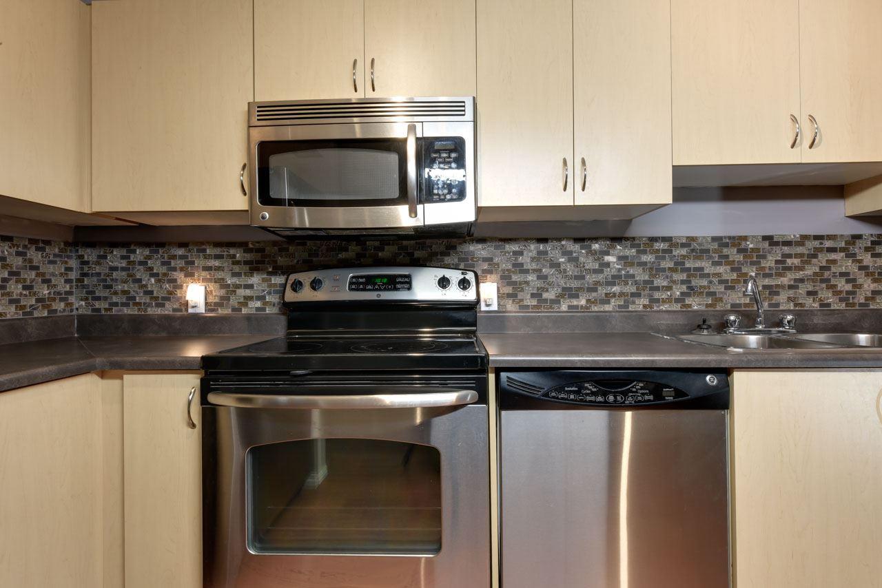 215 40 SUMMERWOOD Boulevard Sherwood Park Condo For Sale MLSR E4044115