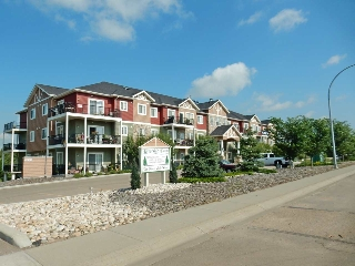 Main Photo: 210 4922 52 Street: Gibbons Condo for sale : MLS(r) # E4049041