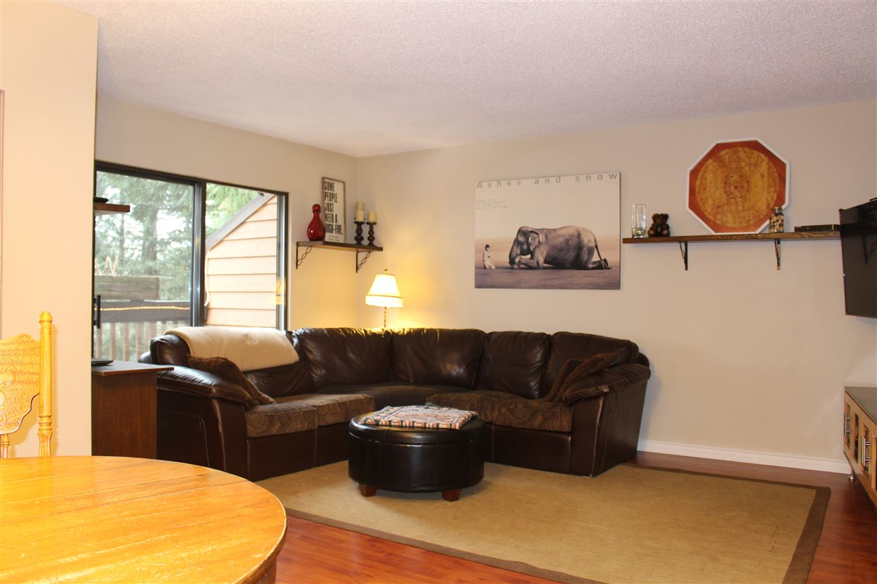 "Photo 10: 412 CARDIFF Way in Port Moody: College Park PM Townhouse for sale in ""EASTHILL"" : MLS(r) # R2138836"