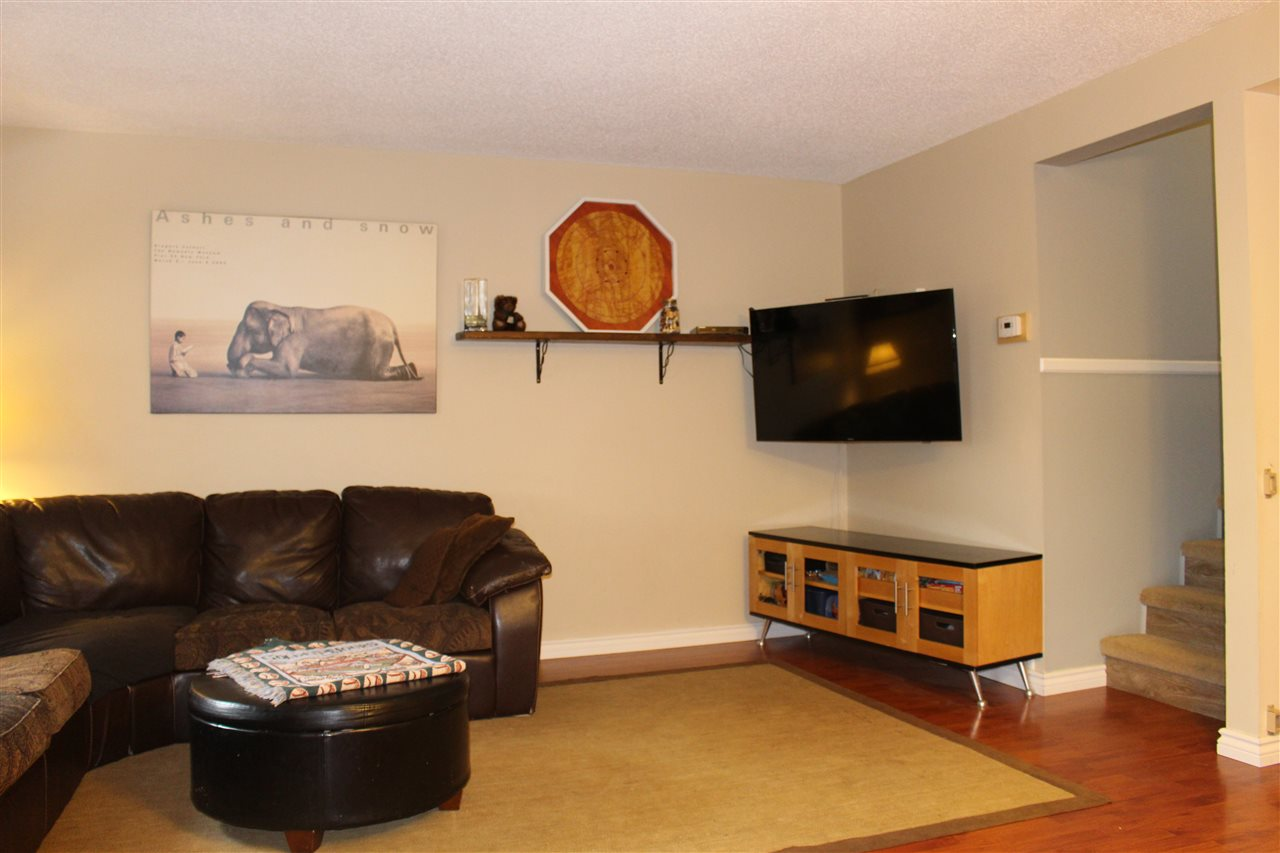 "Photo 11: 412 CARDIFF Way in Port Moody: College Park PM Townhouse for sale in ""EASTHILL"" : MLS(r) # R2138836"
