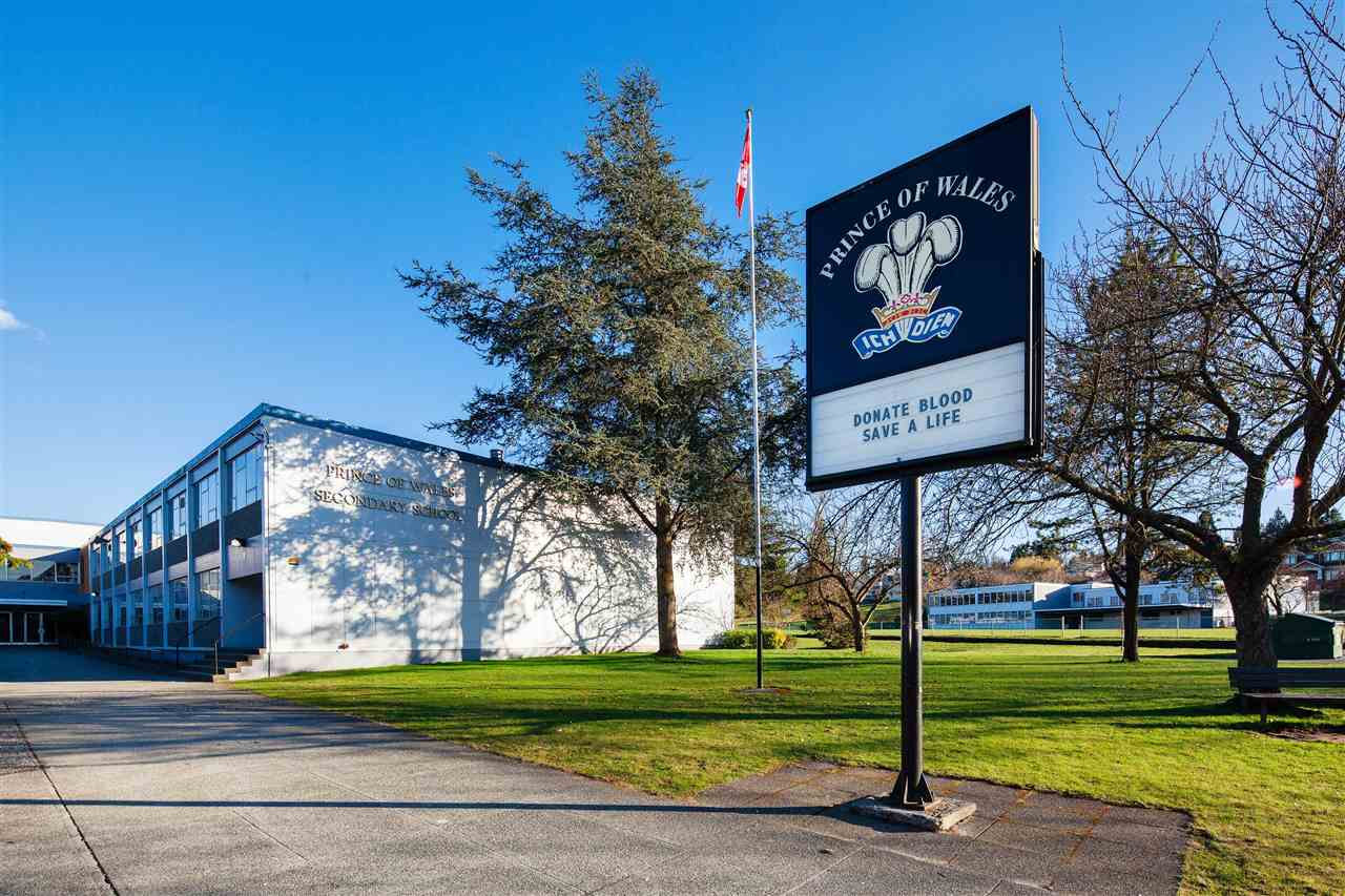Top ranked Prince of Wales school is just a couple of minutes walk away.