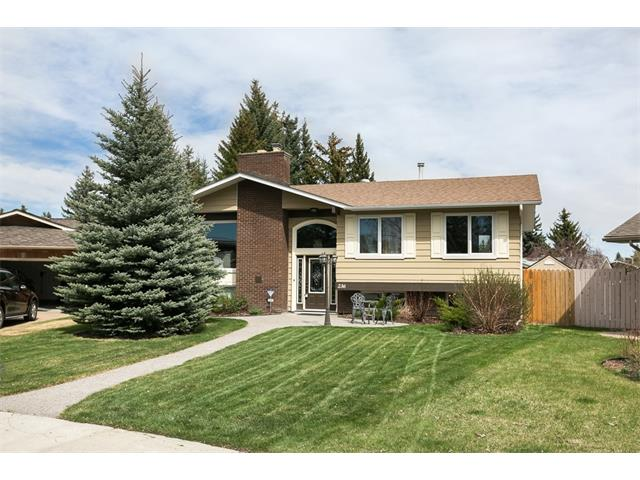 Main Photo: 236 PARKSIDE Green SE in Calgary: Parkland House for sale : MLS®# C4115190
