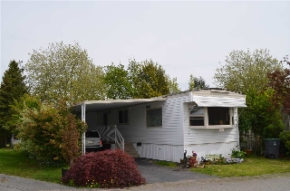 "Main Photo: 2152 CUMBRIA Drive in Surrey: King George Corridor Manufactured Home for sale in ""CRANLEY PLACE"" (South Surrey White Rock)  : MLS(r) # R2165076"