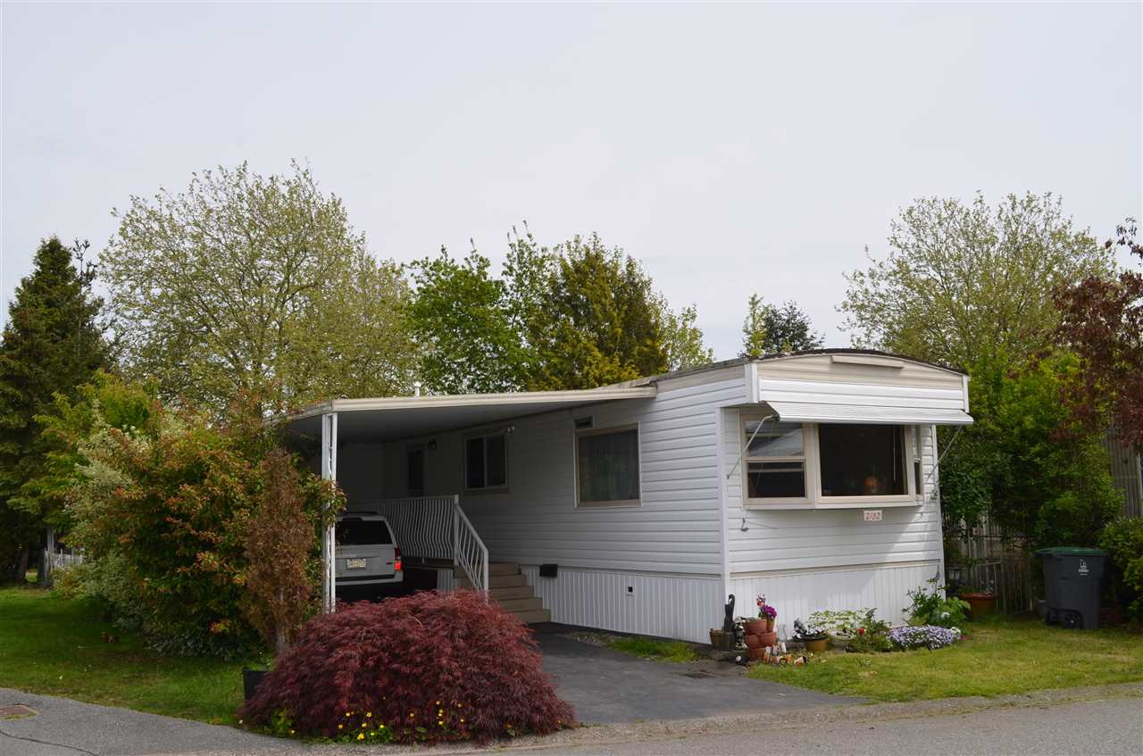 "Main Photo: 2152 CUMBRIA Drive in Surrey: King George Corridor Manufactured Home for sale in ""CRANLEY PLACE"" (South Surrey White Rock)  : MLS® # R2165076"