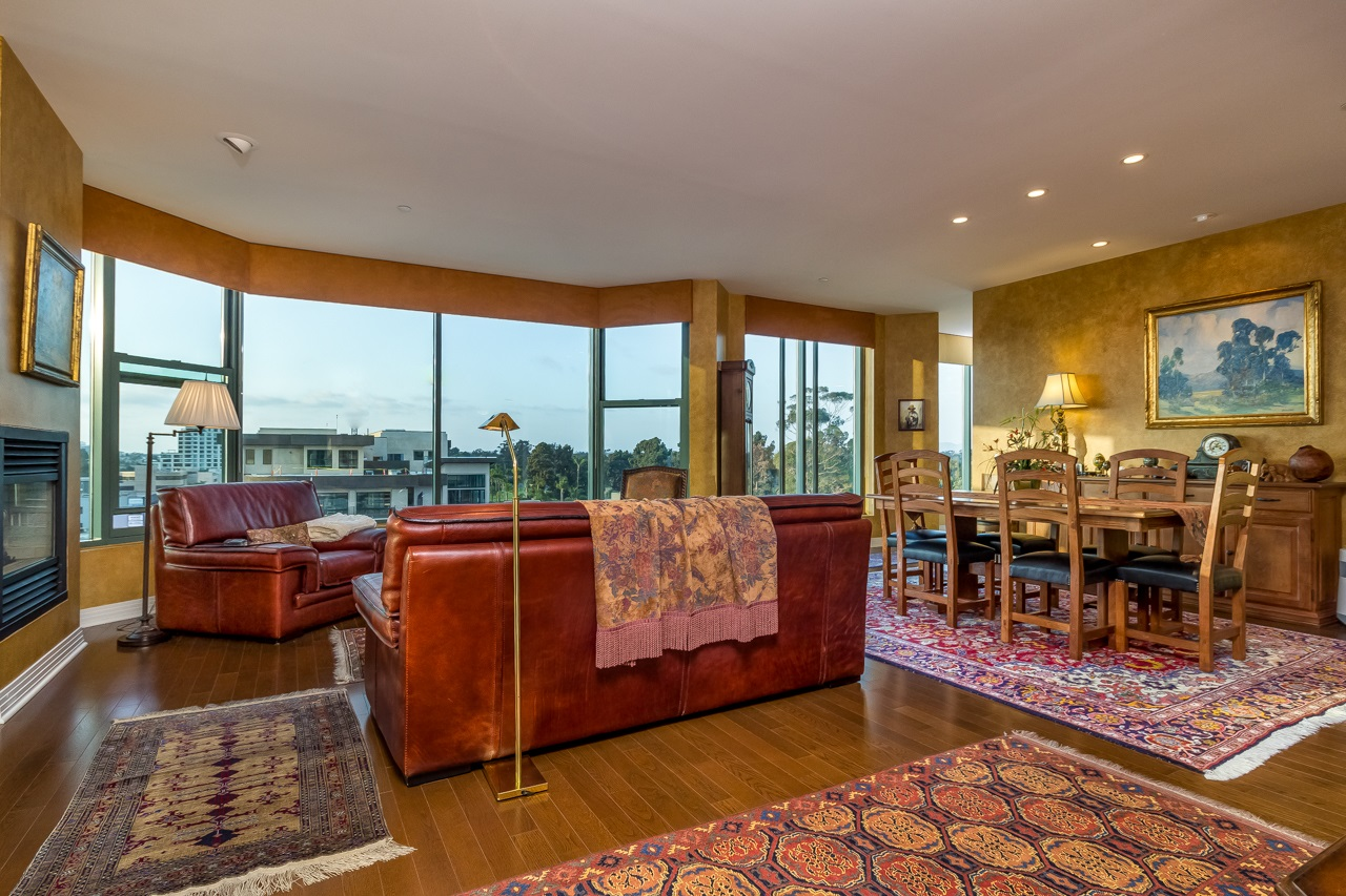 Photo 10: SAN DIEGO Condo for sale : 2 bedrooms : 2500 6th Avenue #904