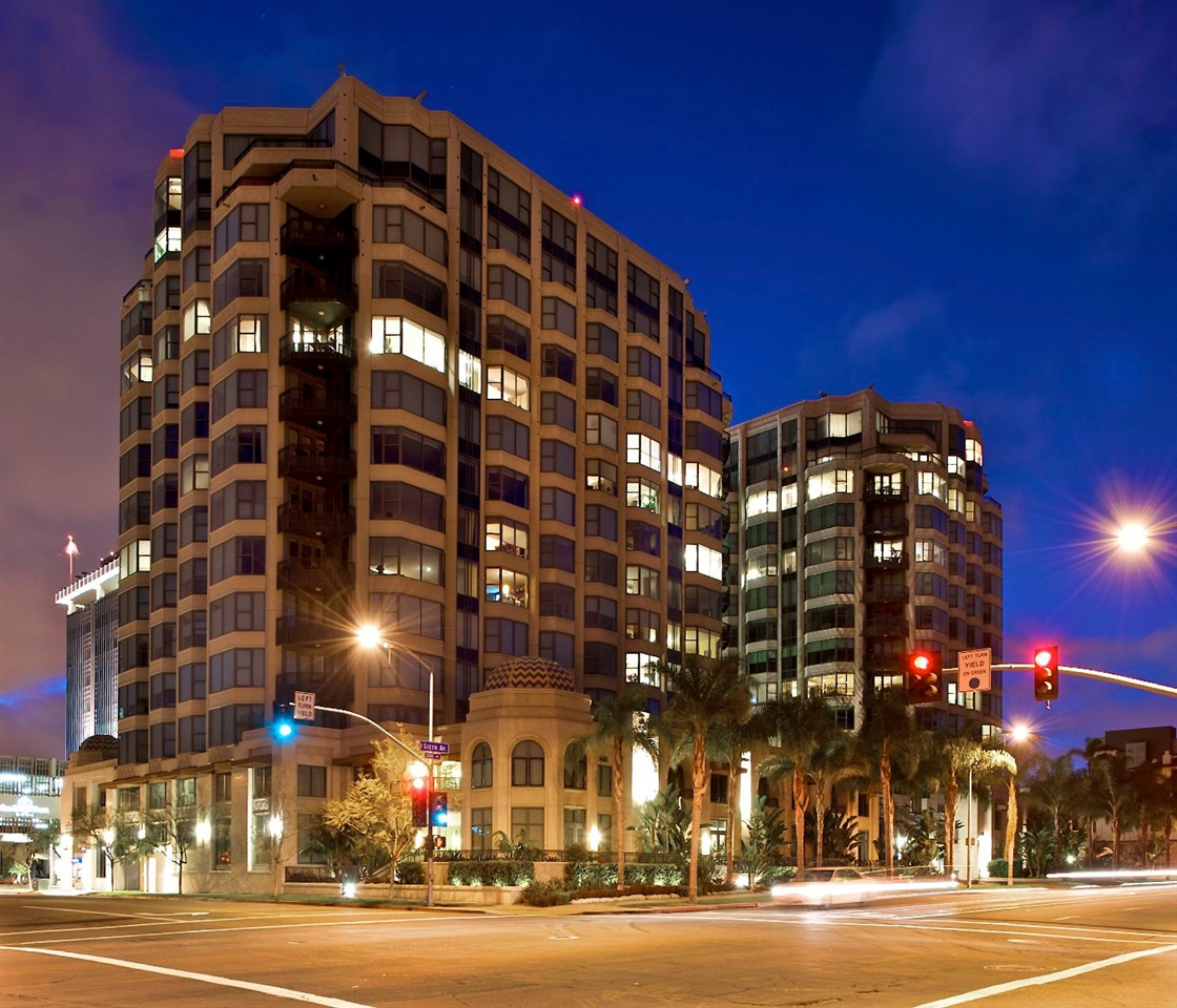 Photo 22: SAN DIEGO Condo for sale : 2 bedrooms : 2500 6th Avenue #904