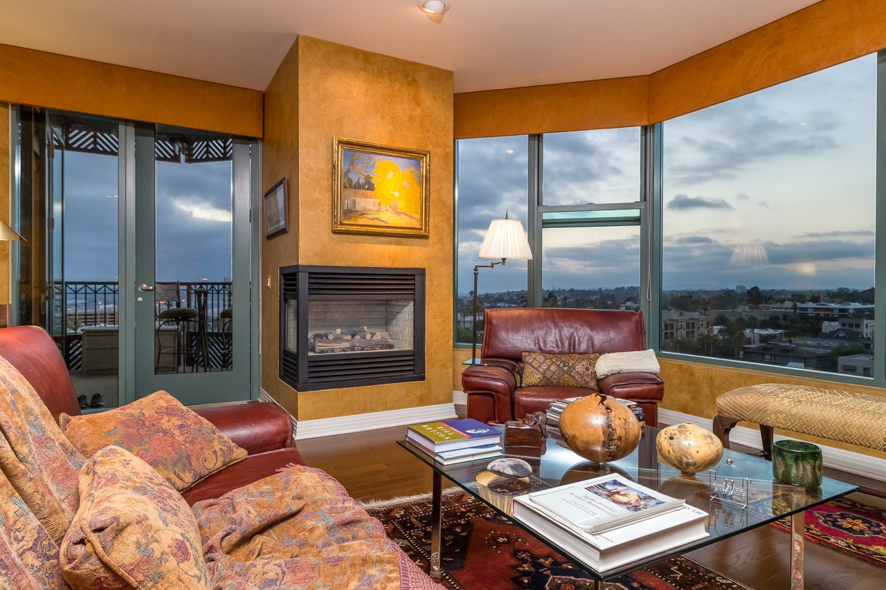 Photo 5: SAN DIEGO Condo for sale : 2 bedrooms : 2500 6th Avenue #904