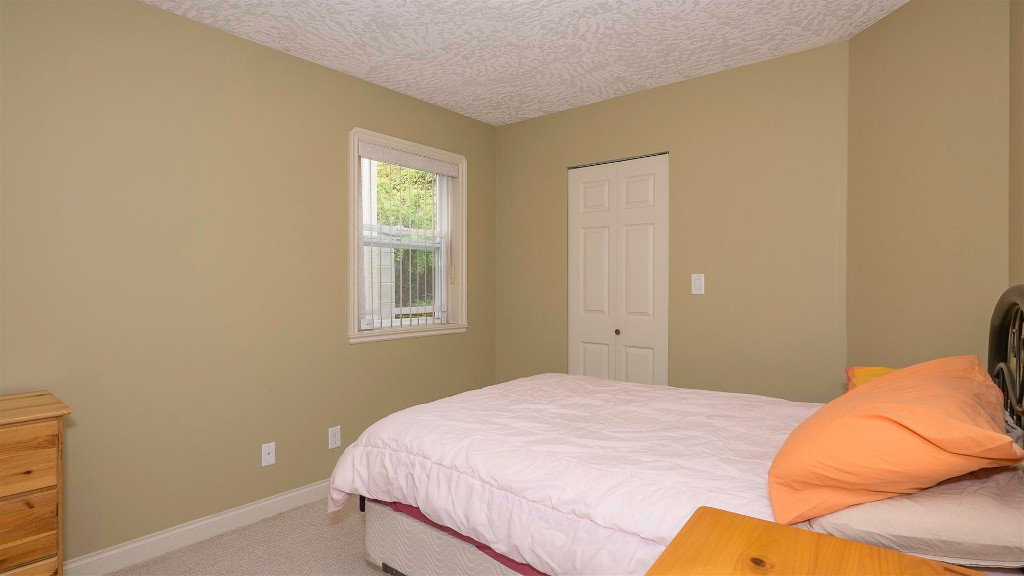 Photo 13:  in VICTORIA: La Thetis Heights Single Family Detached for sale (Langford)  : MLS(r) # 378059