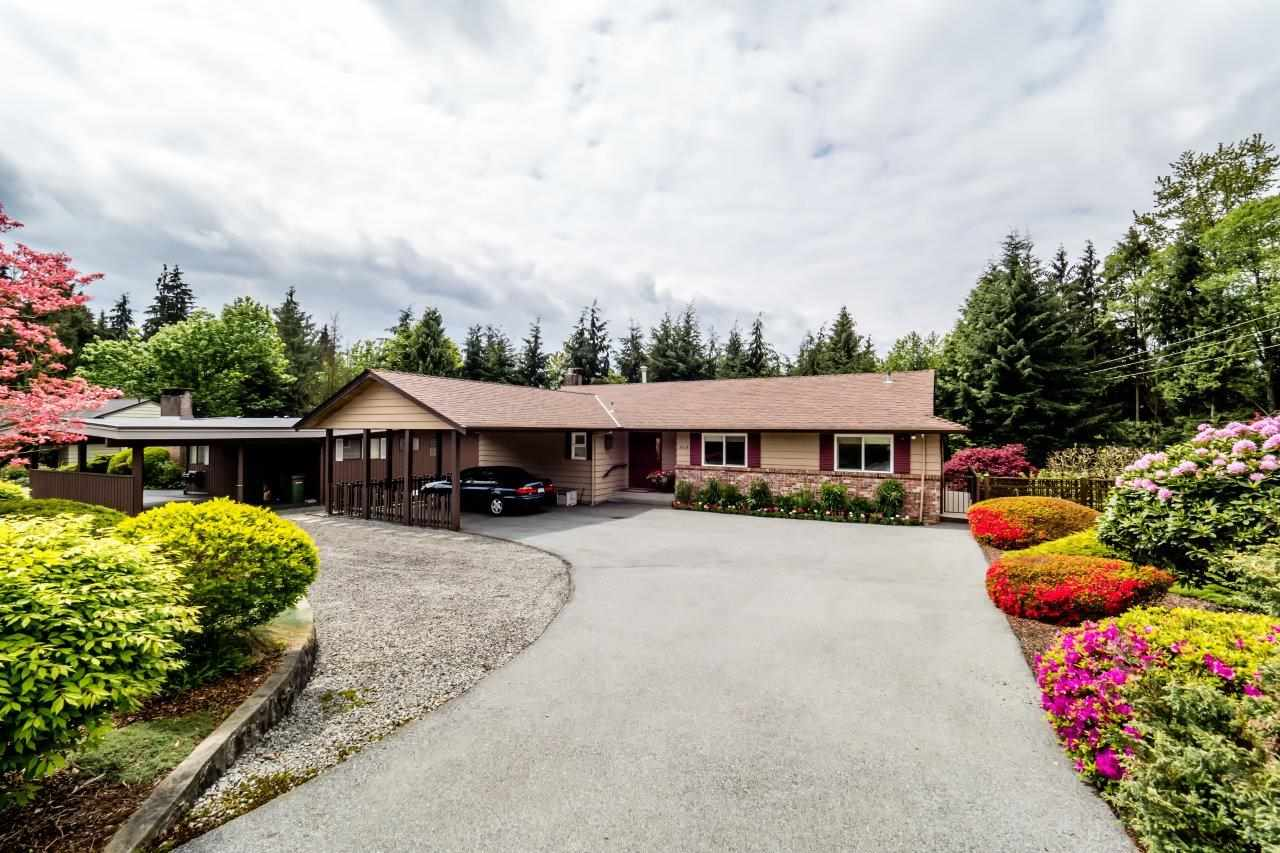 "Main Photo: 919 STRATHAVEN Drive in North Vancouver: Windsor Park NV House for sale in ""WINDSOR PARK"" : MLS® # R2168903"