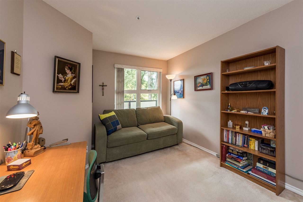 "Photo 15: 211 1519 GRANT Avenue in Port Coquitlam: Glenwood PQ Condo for sale in ""THE BEACON"" : MLS(r) # R2185848"