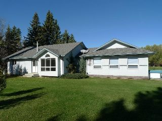 Main Photo: 20 5118 Hwy 18: Rural Barrhead County Cottage for sale : MLS® # E4085588