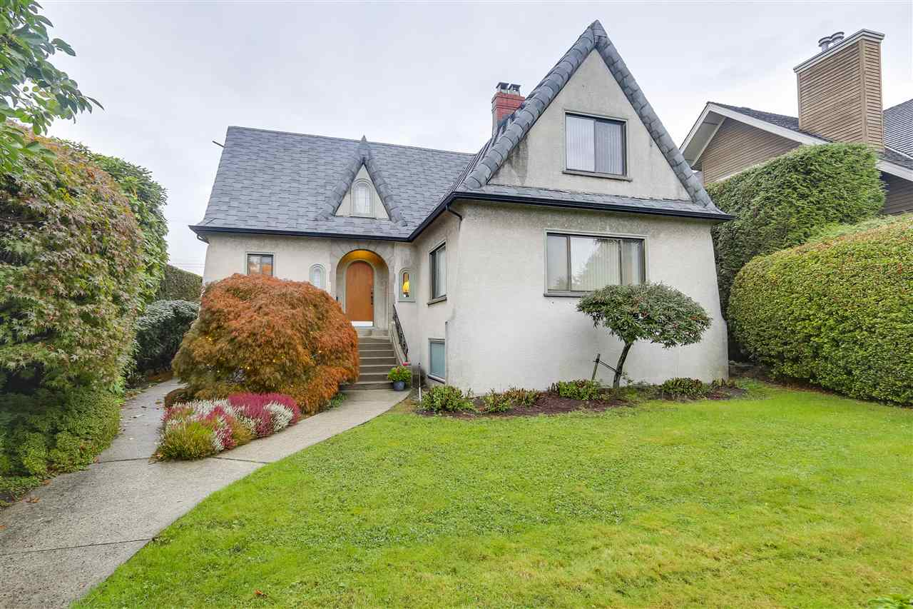 "Main Photo: 2627 W 35TH Avenue in Vancouver: MacKenzie Heights House for sale in ""Mackenzie Heights"" (Vancouver West)  : MLS®# R2215254"