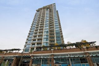 "Main Photo: 702 608 BELMONT Street in New Westminster: Uptown NW Condo for sale in ""VICEROY"" : MLS® # R2220097"