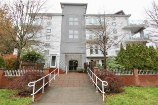 "Main Photo: 301 2983 CAMBRIDGE Street in Port Coquitlam: Glenwood PQ Condo for sale in ""CAMBRIDGE GARDENS"" : MLS® # R2223567"