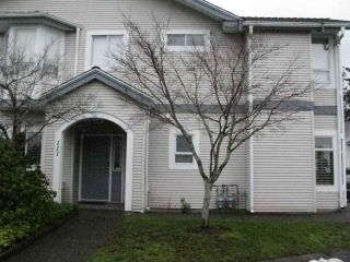 "Main Photo: 111 9072 FLEETWOOD Way in Surrey: Fleetwood Tynehead Townhouse for sale in ""WYND RIDGE"" : MLS® # R2245280"