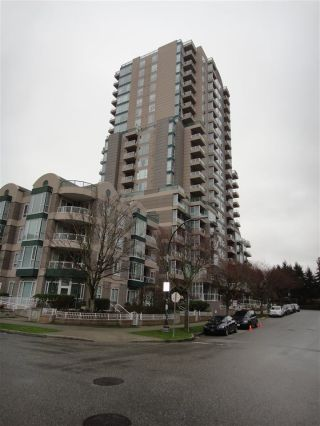 "Main Photo: 1308 5189 GASTON Street in Vancouver: Collingwood VE Condo for sale in ""THE MACGREGOR"" (Vancouver East)  : MLS®# R2309020"