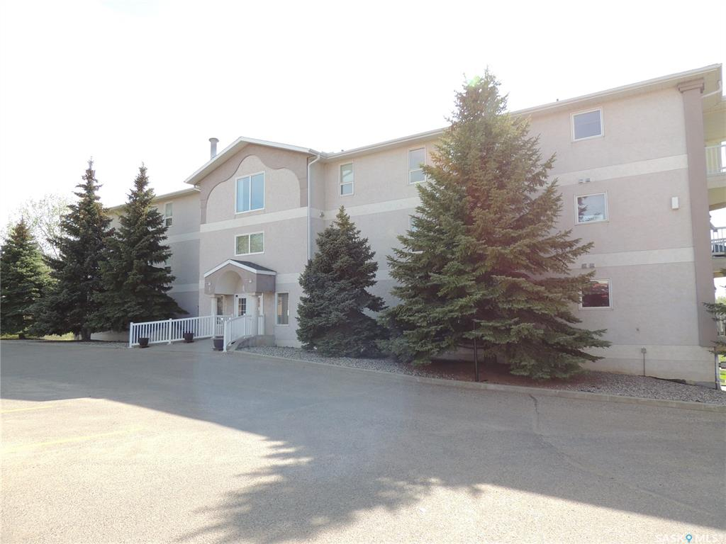 FEATURED LISTING: 105 - 12 Cundall Drive Estevan