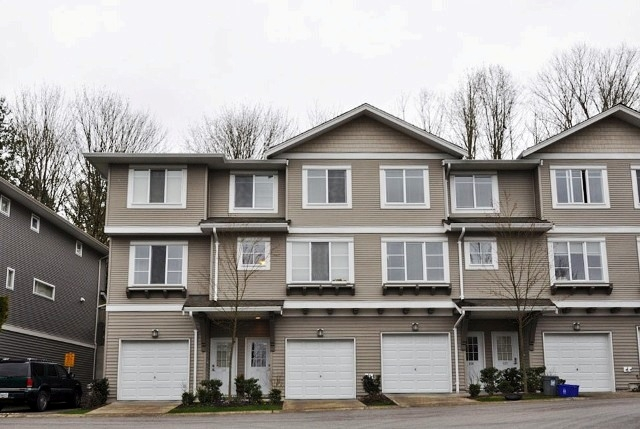 "Main Photo: 115 15155 62A Avenue in Surrey: Sullivan Station Townhouse for sale in ""Oaklands"" : MLS® # F1109928"