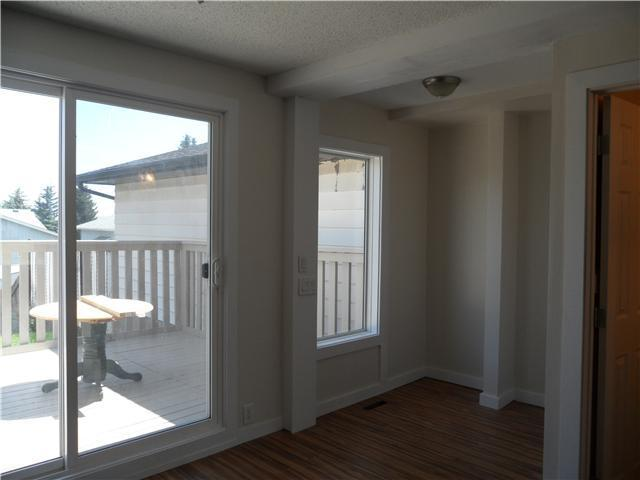 Photo 5: 41 FONDA Crescent SE in Calgary: Fonda Residential Attached for sale : MLS(r) # C3646765