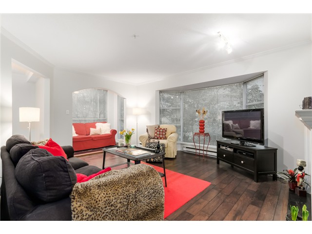 "Photo 2: 207 1738 ALBERNI Street in Vancouver: West End VW Condo for sale in ""ATRIUM ON THE PARK"" (Vancouver West)  : MLS(r) # V1102014"
