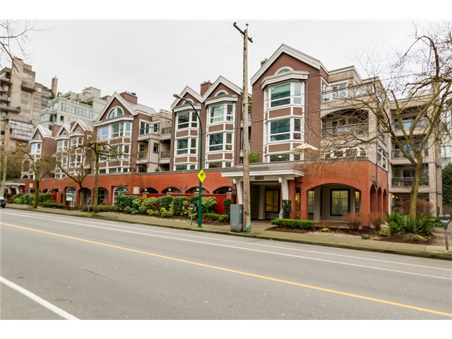 "Main Photo: 207 1738 ALBERNI Street in Vancouver: West End VW Condo for sale in ""ATRIUM ON THE PARK"" (Vancouver West)  : MLS® # V1102014"