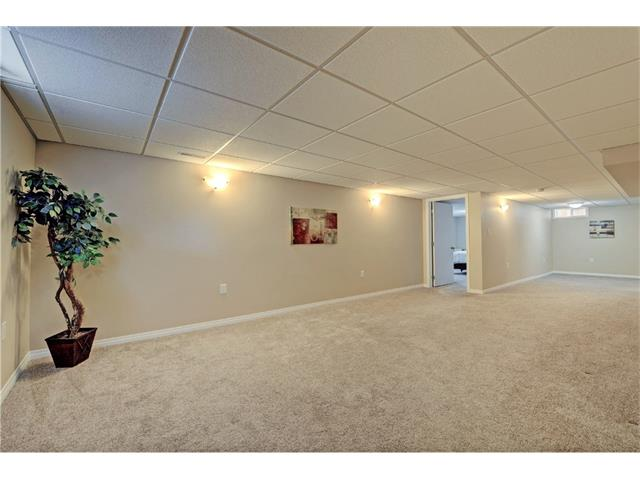 Photo 16: 9312 5 Street SE in Calgary: Acadia House for sale : MLS® # C4063076