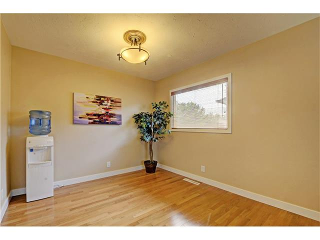 Photo 13: 9312 5 Street SE in Calgary: Acadia House for sale : MLS® # C4063076