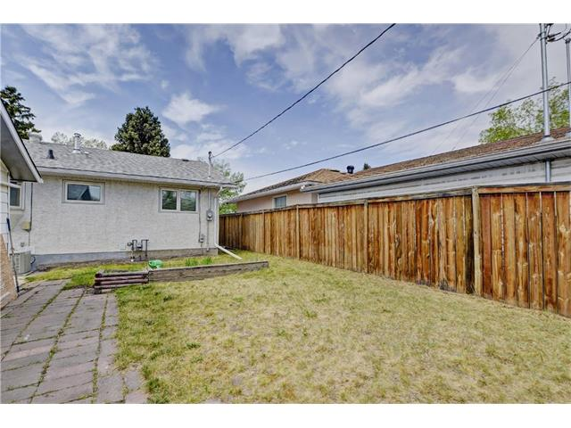 Photo 23: 9312 5 Street SE in Calgary: Acadia House for sale : MLS® # C4063076