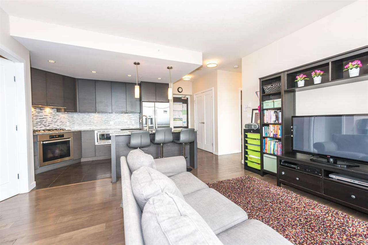 "Photo 13: 1404 6168 WILSON Avenue in Burnaby: Metrotown Condo for sale in ""JEWEL II"" (Burnaby South)  : MLS(r) # R2075707"