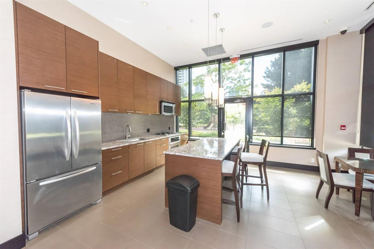 "Photo 16: 1404 6168 WILSON Avenue in Burnaby: Metrotown Condo for sale in ""JEWEL II"" (Burnaby South)  : MLS(r) # R2075707"