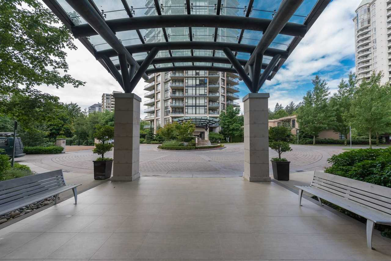 "Photo 11: 1404 6168 WILSON Avenue in Burnaby: Metrotown Condo for sale in ""JEWEL II"" (Burnaby South)  : MLS(r) # R2075707"